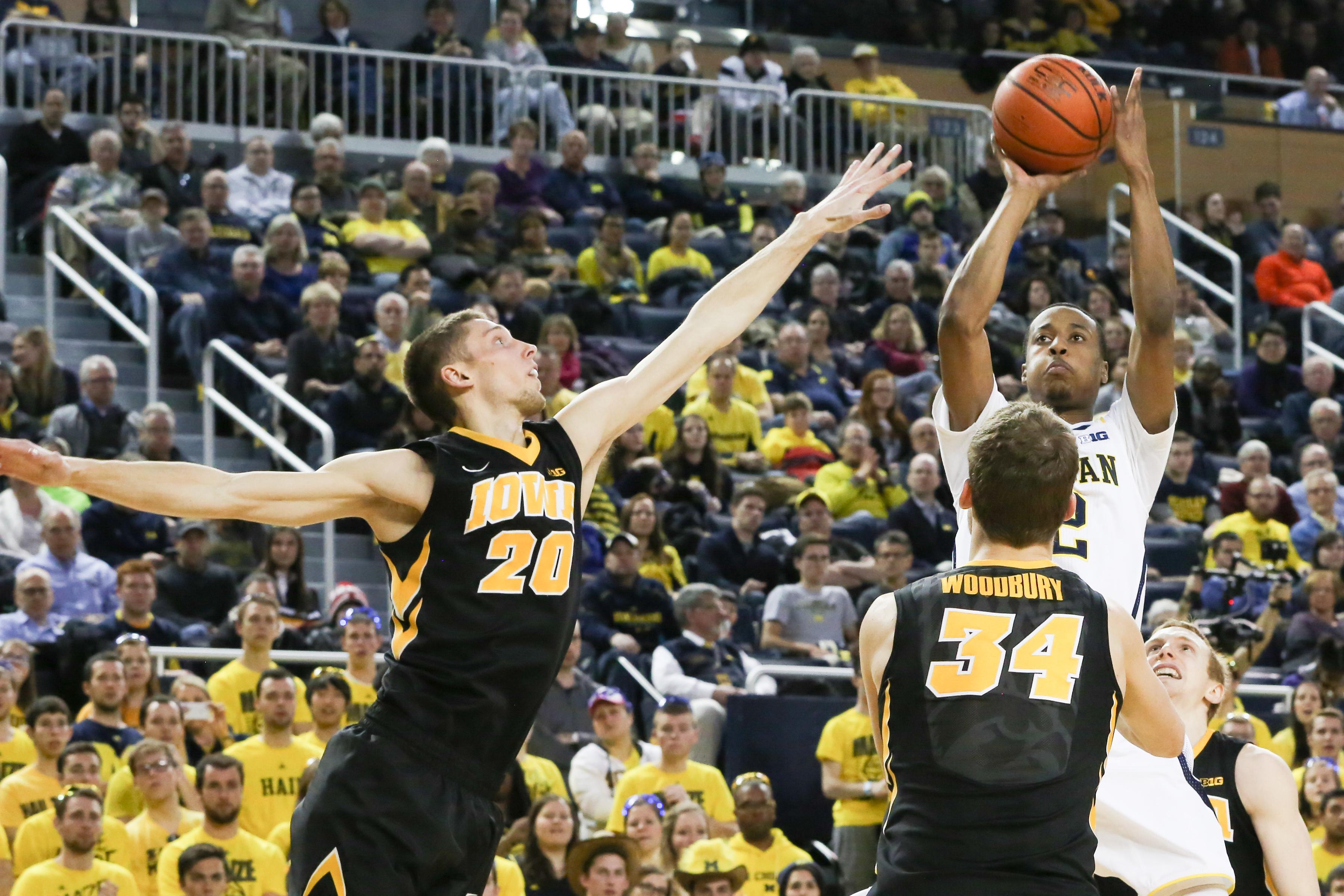 Michigan 54, Iowa 72-17