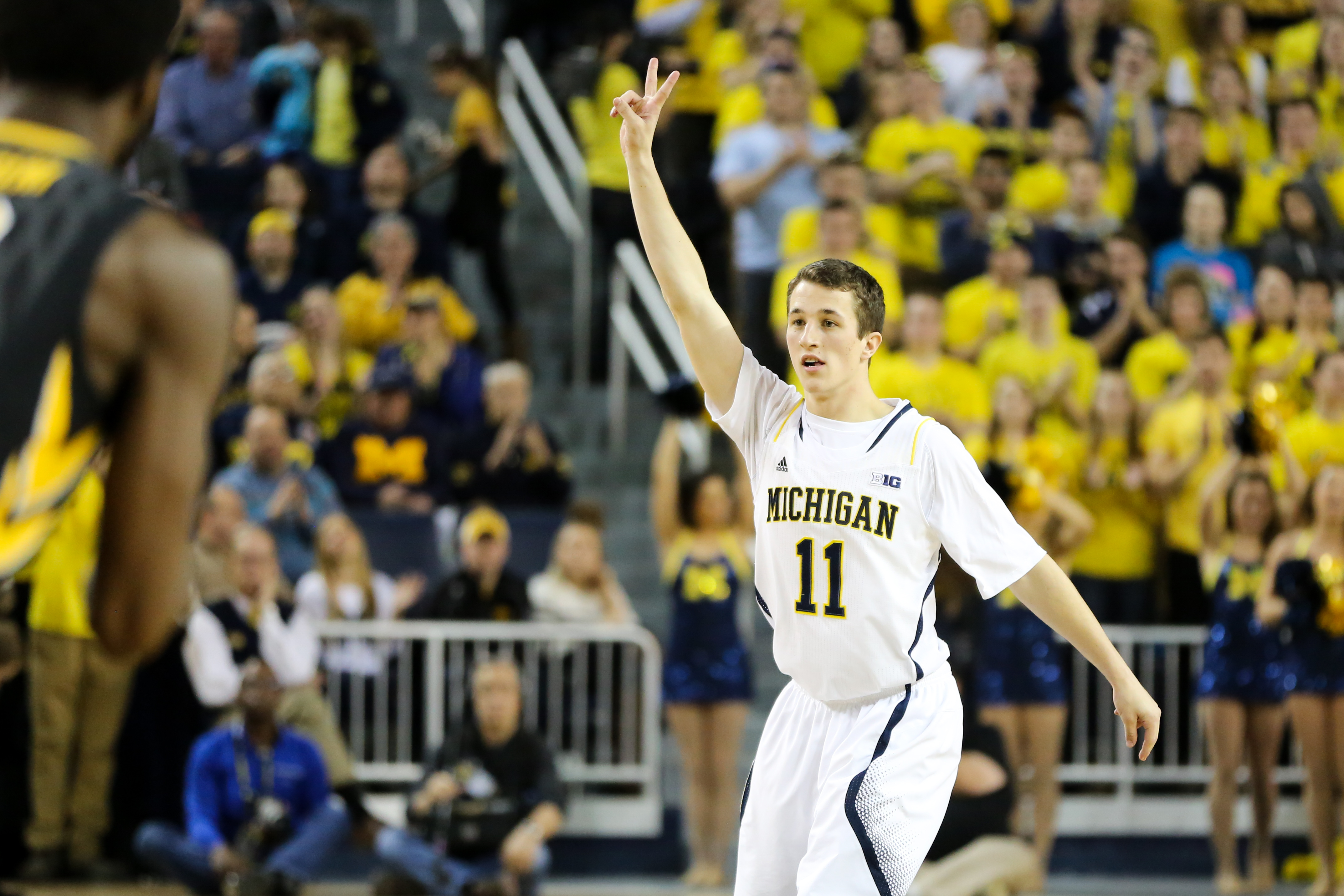 Michigan 54, Iowa 72-24