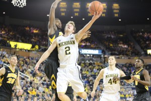 Michigan 54, Iowa 72-8