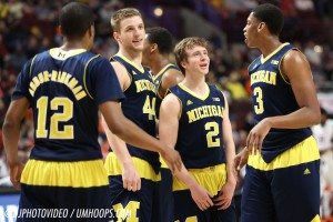 Michigan 73, Illinois 55-26