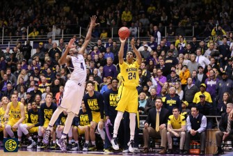 Northwestern 82, Michigan 78-21