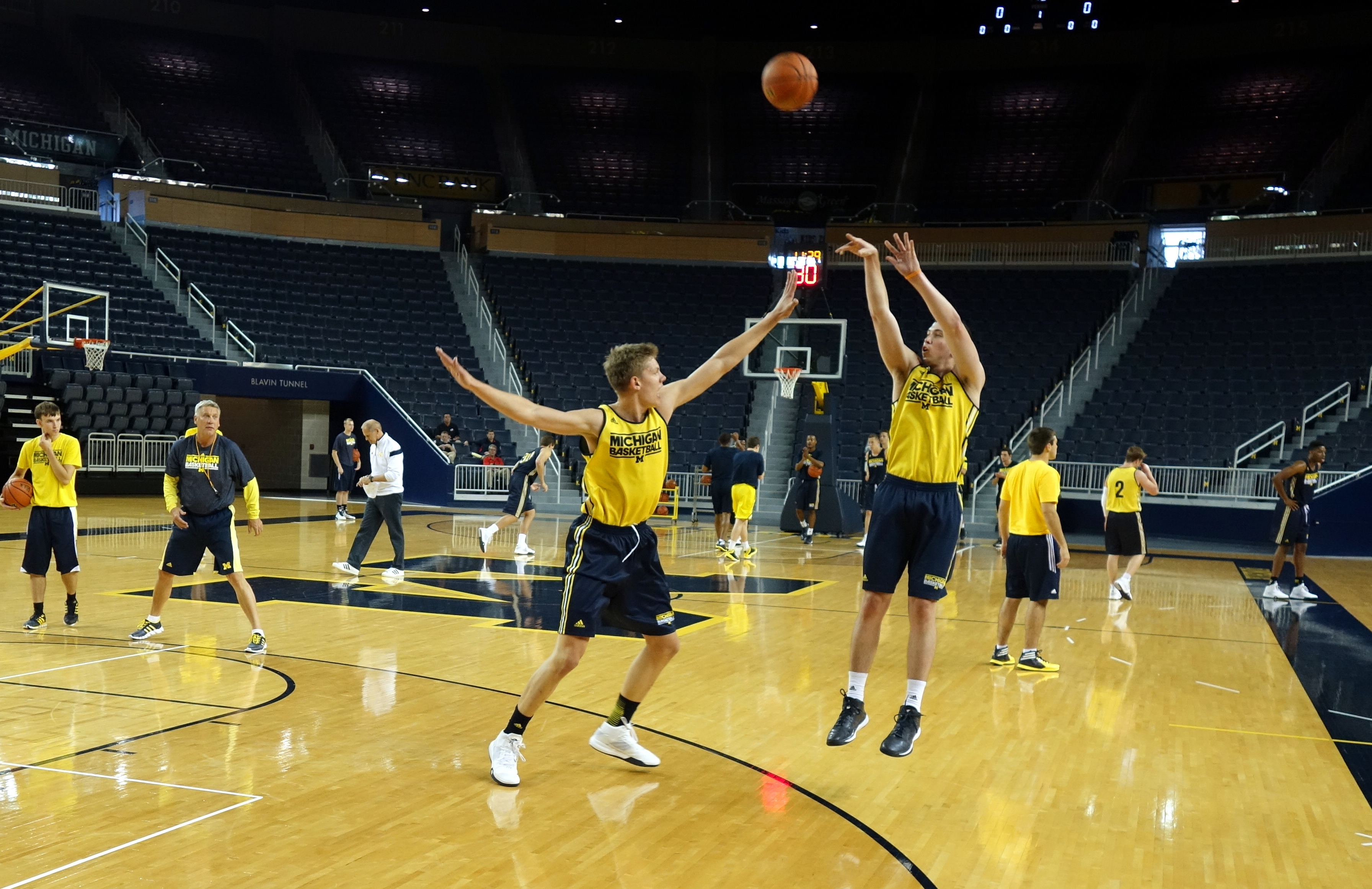 Michigan First Practice 2015-16 – #14