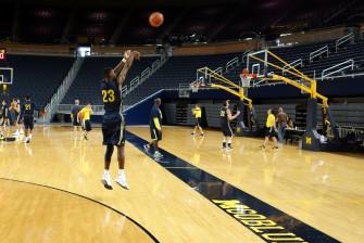 Michigan First Practice 2015-16 - #8