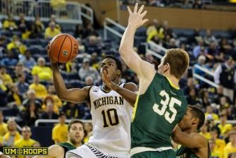 Michigan 74, Le Moyne 52-15