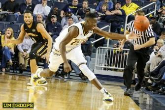 Michigan 77, N Kentucky 62-20