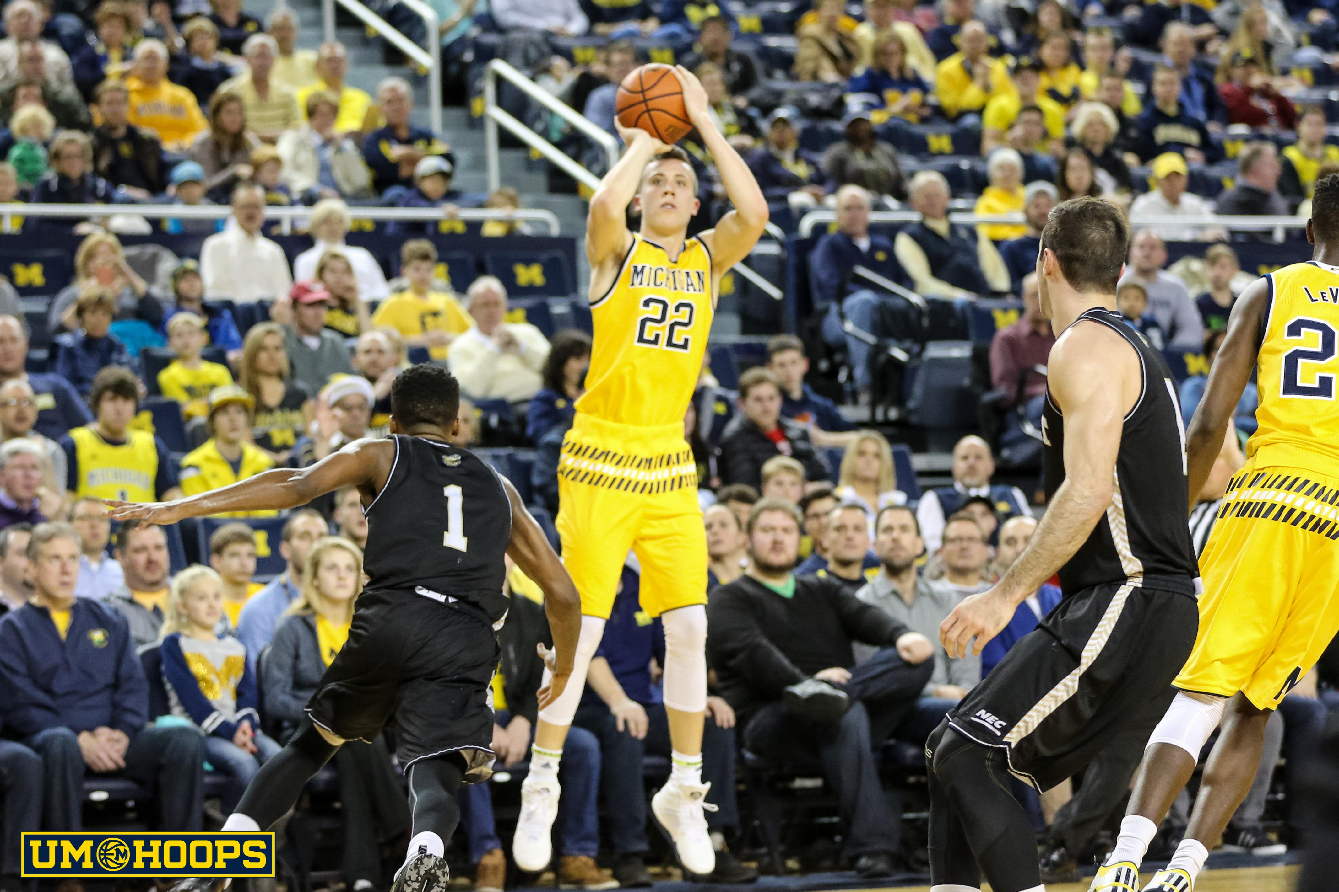 Michigan 96, Bryant 60-13