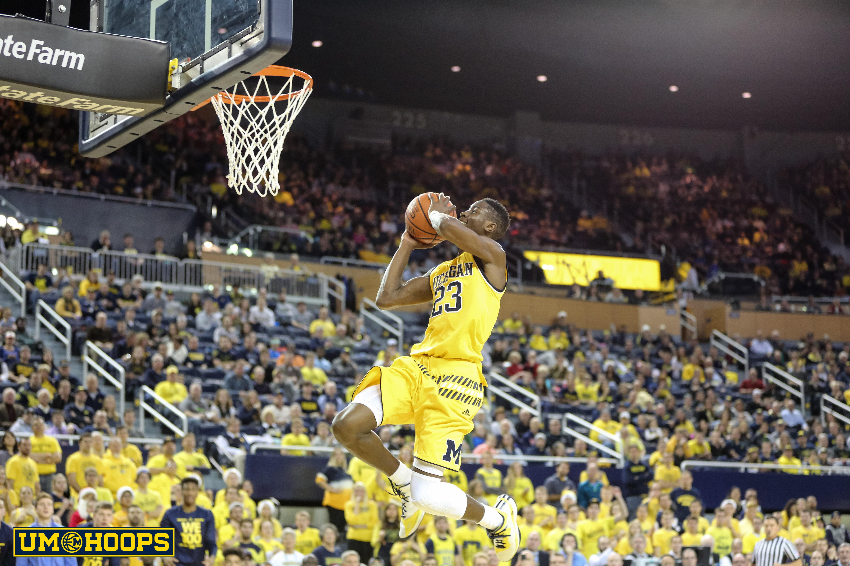 Michigan 96, Bryant 60-19